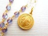 聖ベネディクト メダイ【ロザリオ】アンティーク*Y字ネックレス チェコビーズ×水晶 サファイヤカラー 十字架 メダル